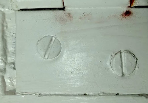 How to remove a stuck screw from wood? Try these effective ways