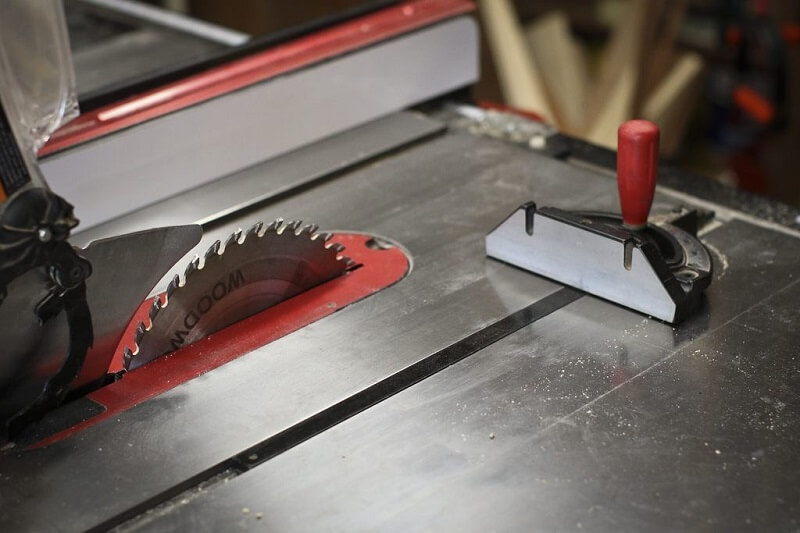 Why is Your Table Saw Burning Wood 1