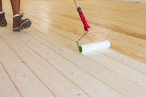 Can You Apply Polyurethane With a Roller?