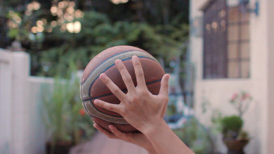 How to spin a basketball 1