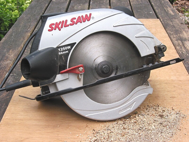 A circular saw depends on you to operate it