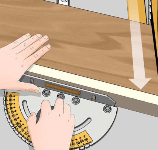 How to Cut a 45 Degree Angle With a Table Saw 1