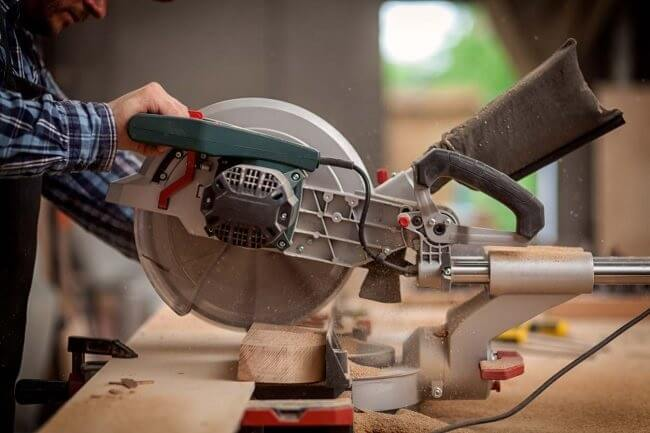 Other Features You Want for Your Miter Saw