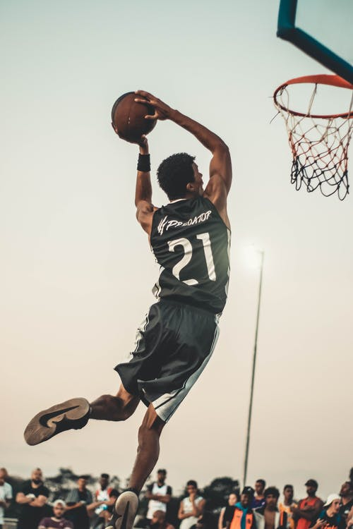What does hedge exactly mean in basketball?